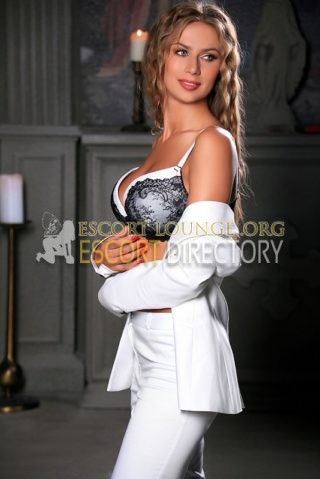 Cara, 22 years old Estonian escort in Moscow