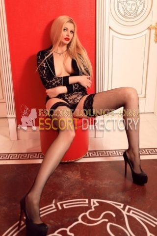 Sandy, 21 years old Albanian escort in Rome