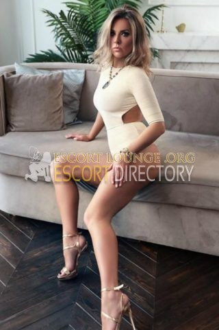 Agnessa, 21 years old Finnish escort in Rotterdam