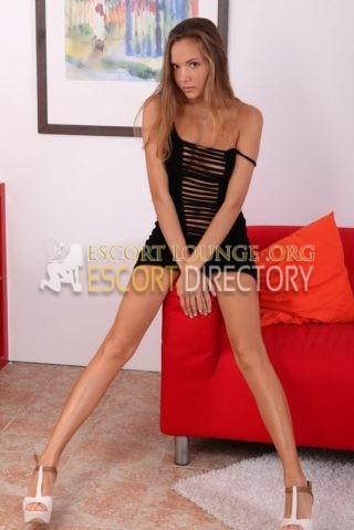 Kira, 20 years old Austríaca escort in Marseille
